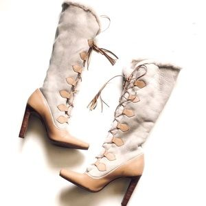 Manolo Blahnik Shealing Trim Leather Lace up Boot